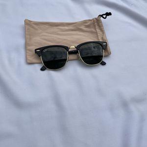 Rayban club master sunglasses Black for Sale in Warwick, RI