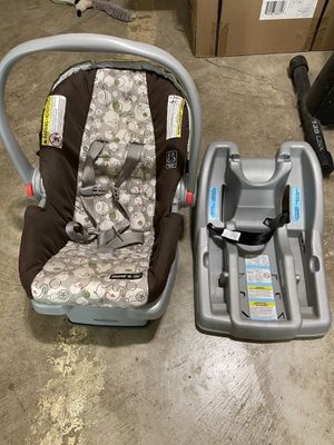 Quick Connect Car seat with 2 bases and matching Stroller for Sale in Wapakoneta, OH
