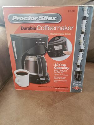 12 Cup Coffee Maker for Sale in Riverdale, IL