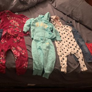 Baby Girl Clothes Sizes 12-24months for Sale in Pico Rivera, CA