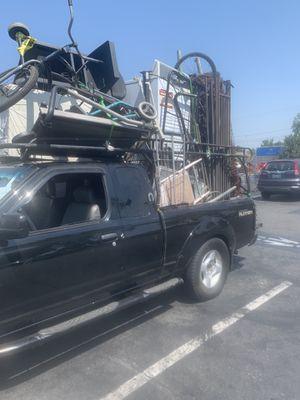 We pick up scrap metal for free-Recogemos metal gratis for Sale in Commerce, CA