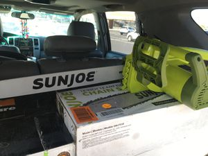 "SunJoe 18"" 14 amp electric chainsaw for Sale in Phoenix, AZ"