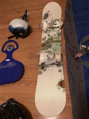 Ride Snowboard with helmet goggles and extra $205 obo for Sale in Tampa, FL