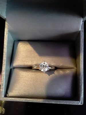 Zales 1ct 14kg diamond engagement ring for Sale for sale  New York, NY