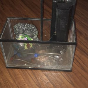 Small Fish Tank W/ Light, Cleaning Pump And Decorations for Sale in Tampa, FL