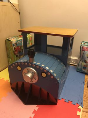 Kids train table with chair for Sale in Queens, NY