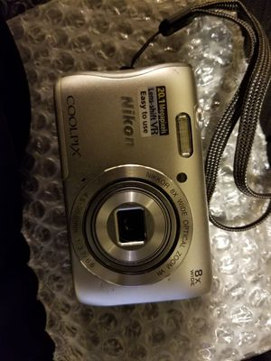 Nikon coolpix s3700 20.1MP digital camera , very slim, good condition , just needs a battery... for Sale in Tucson, AZ