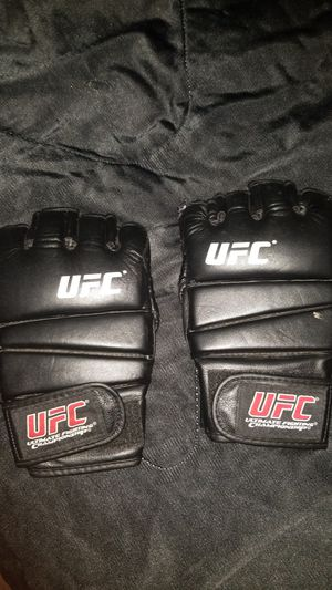 UFC Gloves for Sale in Colton, CA