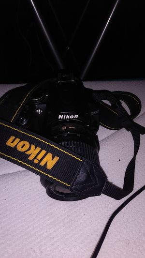 Nikon Camera with lense D3000 for Sale in Washington, DC