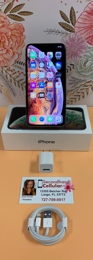 🌸~LIKE NEW 64GB Gold iPhone Xs Max~🌸 for Sale in Clearwater, FL