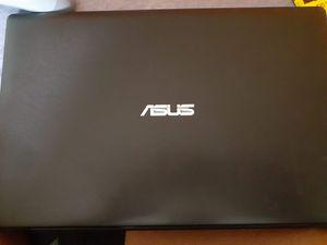 Asus laptop for Sale in Saginaw, MI