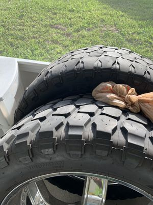 """22"""" rims on MT 35 for Sale in Kissimmee, FL"""