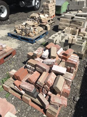 Construction Material- Block, Brick, Stone, Rock for Sale in Santa Clarita, CA