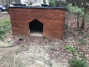 Dog house for Sale in Raleigh, NC