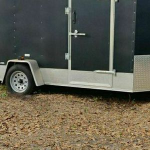 2015 Trailer Six by Twelve. Has Less Than 100 Miles On It !!!!!! for Sale in Bartow, FL