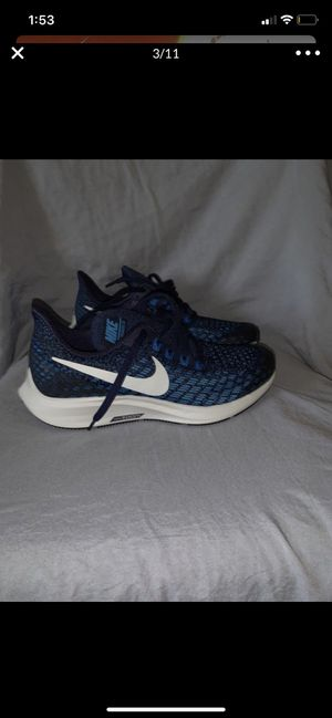 Nike shoes 4.5y for Sale in Los Angeles, CA