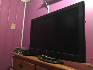 32 in Panasonic tv for Sale in Brooklyn, OH