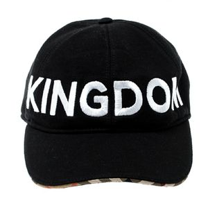 Burberry Kingdom Hat Authentic NEW for Sale in Bell Gardens, CA
