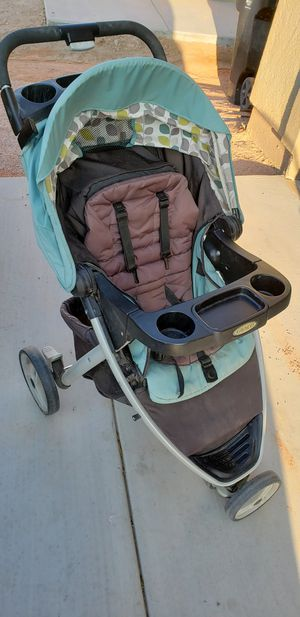 Stroller and car seat and base with manual for Sale in El Centro, CA