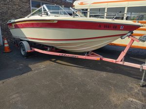 1986 celebrity boat 305 chevy v8 great trailer for Sale in Schaumburg, IL