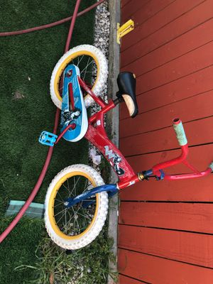Girls bike 16 inch everything is working great has tubes jsut needs a pedal for Sale in La Puente, CA