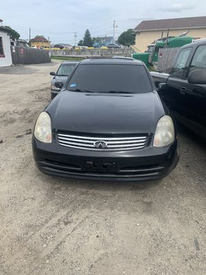 2004 infiniti g35x for parts only for Sale in Coventry, RI
