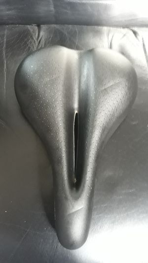 Bontrager gel bicycle seat for Sale in Phoenix, AZ