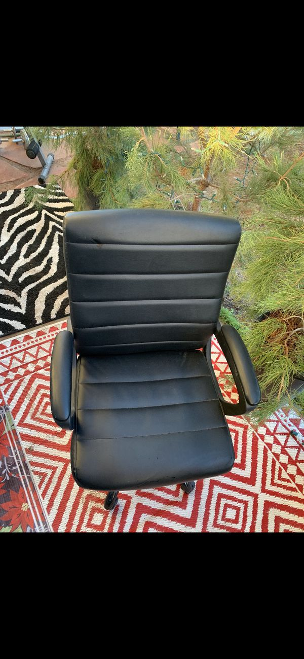 Black PUC leather Office Chair