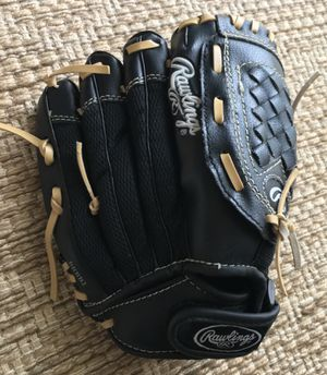 """$12 NEW Rawlings Players Series 10"""" Youth Fielder's Baseball Glove (PL10MB) for Sale in Des Moines, WA"""