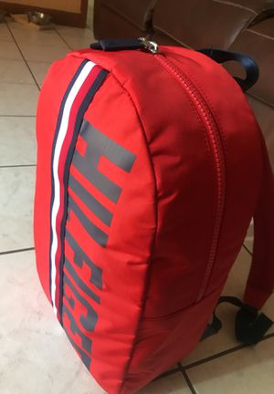 tommy hilfiger backpack for Sale in La Puente, CA