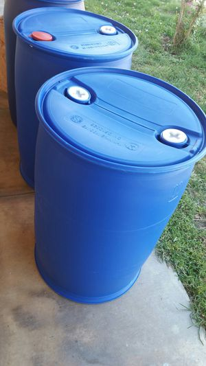 Mint condition like new condition 55 gallons plastic barrels available now for pick up $18each for Sale in Rosemead, CA