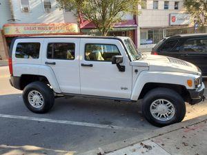 2008 HC3 HUMMER for Sale in Northumberland, PA