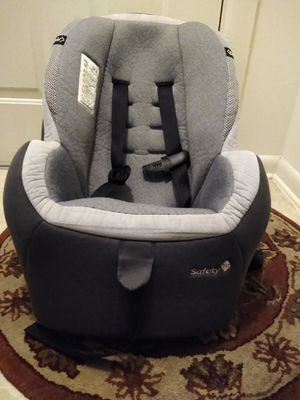Used safety car seat and good condition 40.00 for Sale in Germantown, MD