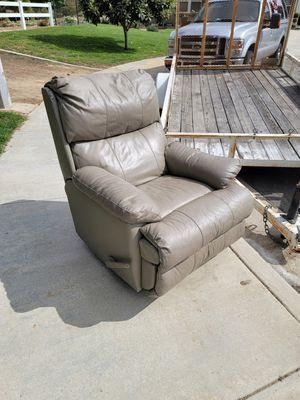 Recliner for Sale in Temecula, CA