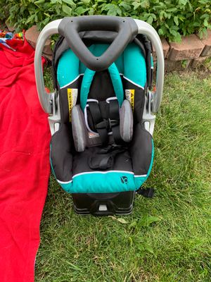 Infant Baby Trend car seat, gently used, never in accident for Sale in Colorado Springs, CO