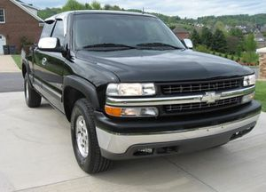 Perffect_2002 Chevrolet Silverado 4WDWheels for Sale in Tallahassee, FL