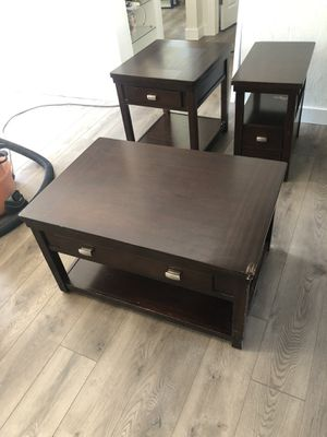 Free coffee table, end tables for Sale in Lakewood, WA