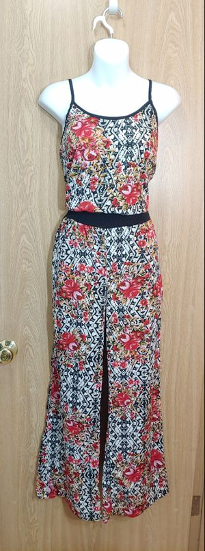 S-Red & black floral patterned jumpsuit with adjustable spaghetti straps & pockets for Sale in Kent, WA