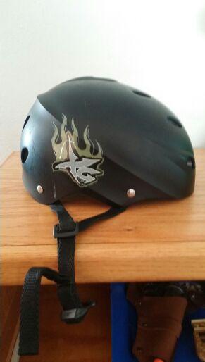 Helmet for Sale in Frostproof, FL