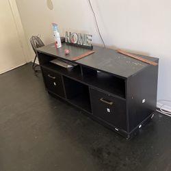entertainment center for Sale in Gardena,  CA
