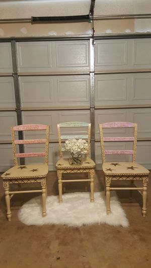 Beautiful Set of 3 Children's Chairs Solid Wood 34inH 17in 15in for Sale in Lancaster, TX