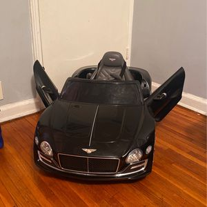 Bentley Luxury EXP12 Kids Ride On Car - With MP3 & LED Lights for Sale in Brooklyn, NY
