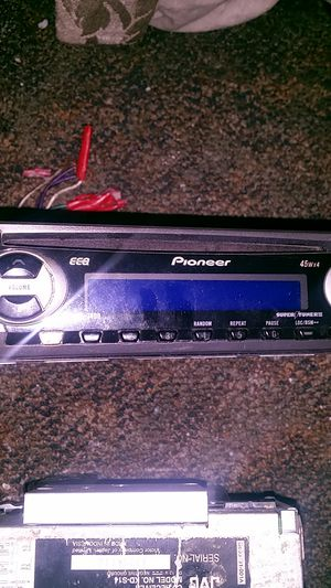 Pioneer cd receiver for Sale in Cleveland, OH