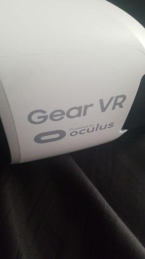 Samsung gear vr for Sale in Riverside, CA