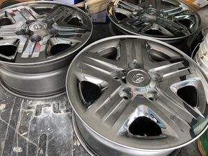 4 Toyota Tundra chrome rims. 18 inch. for Sale in San Marcos, CA
