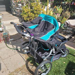 Baby Trend Double Jogging Stroller for Sale in Pasadena, CA