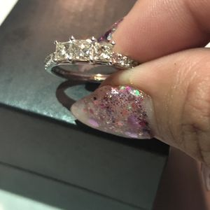 Zales Past Present Future Princess engagement ring for Sale in Orange, CA
