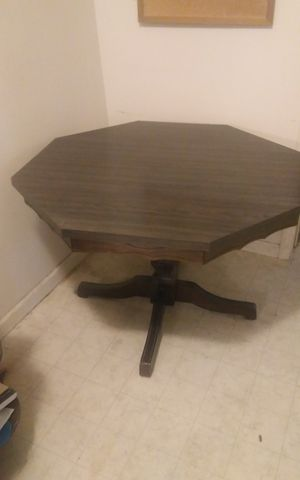Table an 4 chairs for Sale in Odon, IN