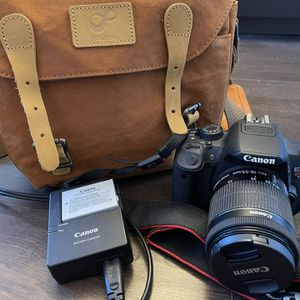 CANON Rebel T5i for Sale in Warminster, PA