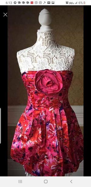 BCBG*Max* Azria Retro STRAPLESS Dress Bubble Hem Size 8 NWOT for Sale in SeaTac, WA